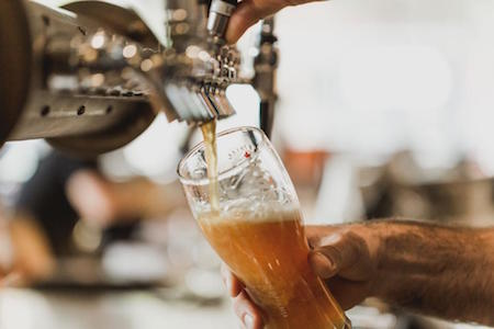 pouring-pint-beer